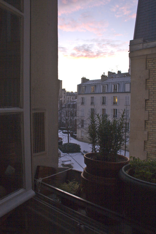 Snow at dawn, rue Voltaire, Paris