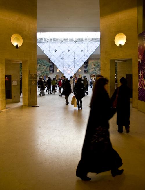 Louvre-pyramiderenversee